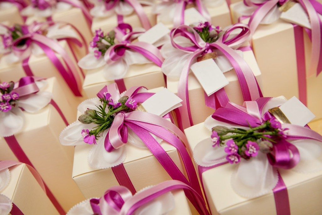 Classy party favors for guests who attended a wedding