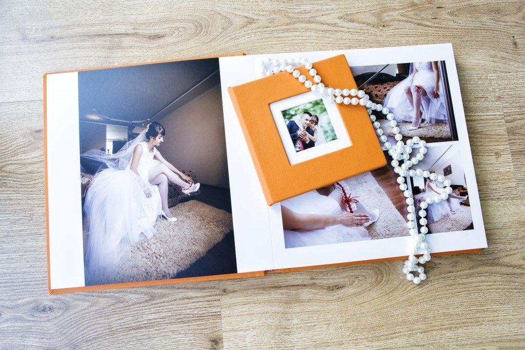 Wedding photo album spread