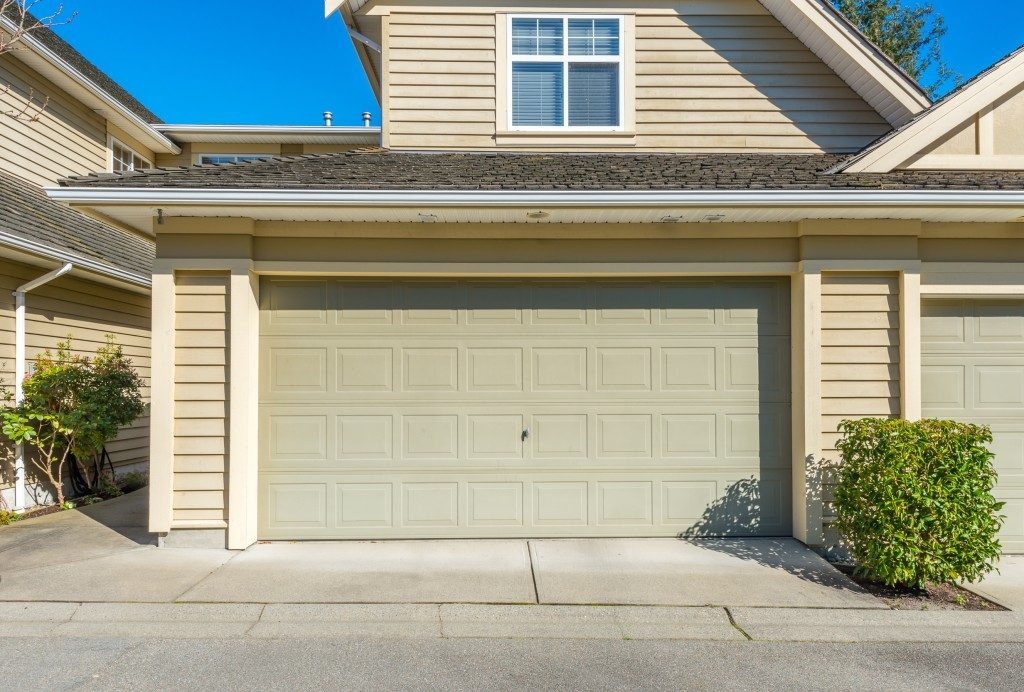 Closed garage door in house