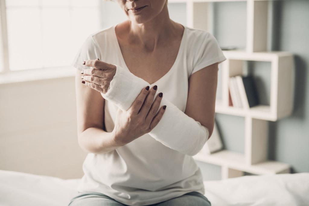 injured arm