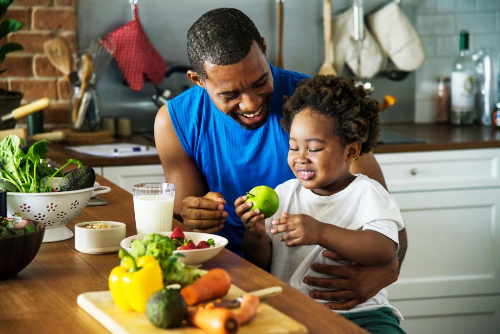 family eating health